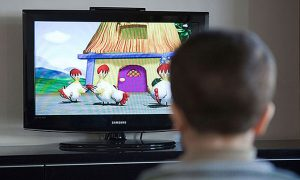 Junk Food Ads and Kids: How to Protect Your Little Ones? (Video)