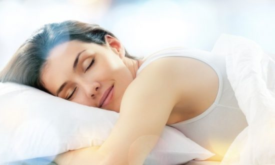 Sleep Helps Stave Off Holiday Weight Gain