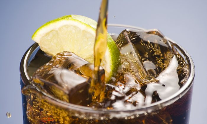 Although they may not have many calories, studies have linked synthetically sweetened diet drinks with increased risks of weight gain, diabetes, and cardiovascular disease. (Antonio Muñoz Palomares/Thinkstock)