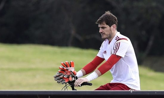 8470e6d08e4 Spain s goalkeeper Iker Casillas arrives at a training session at CT do  Caju in Curitiba on