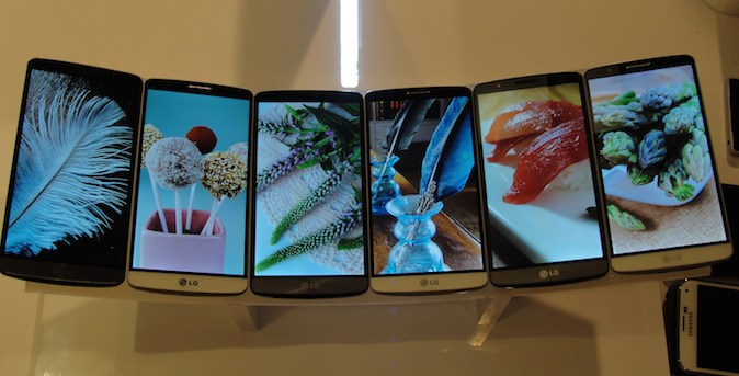 LG Electronic's new G3 flagship smartphones are on display at a presser in San Francisco, California, May 27, 2014. (GLENN CHAPMAN/AFP/Getty Images)