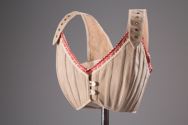 Bust bodice Linen 1890, France (Courtesy of The Museum at FIT)