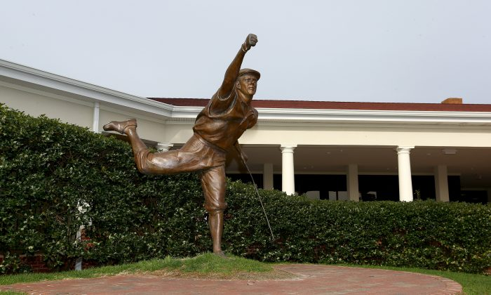 A statue of past champion, Payne Stewart, on display outside the clubhouse during the 2014 U.S. Open Preview Day at Pinehurst No. 2 on April 14, 2014 in Pinehurst, North Carolina. (Streeter Lecka/Getty Images)