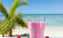 Coconut Raspberry Cream Smoothie Recipe