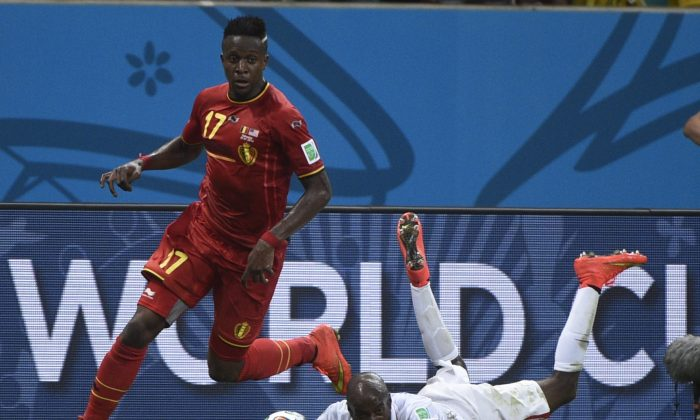 Belgium's forward Divock Origi (L) vies with US defender DaMarcus Beasley during a Round of 16 football match between Belgium and USA at Fonte Nova Arena in Salvador during the 2014 FIFA World Cup on July 1, 2014. (MARTIN BUREAU/AFP/Getty Images)