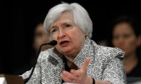 Yellen Defends Fed's Interest in Income Inequality