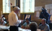 New York Primaries: Avella and Liu Campaign Until Last Minute for a Tight State Senator Race
