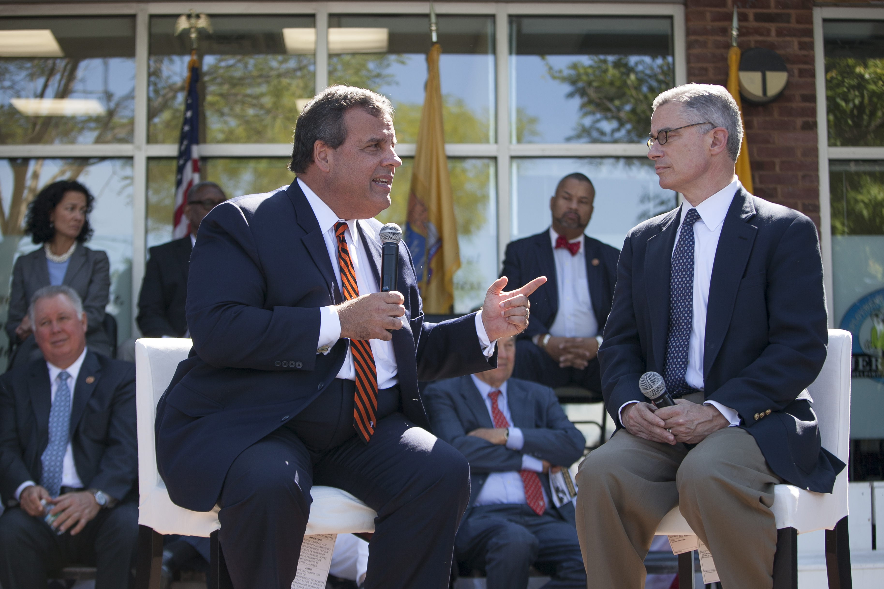 6d88f59a2 Chris Christie and former New Jersey governor Jim McGreevey .