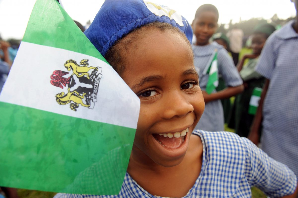 nigeria during the independence era to the Modern nigeria dates from 1914, when the british protectorates of northern and southern nigeria were joined the country became independent on october 1, 1960, and in 1963 adopted a republican constitution but elected to stay a member of the commonwealth.