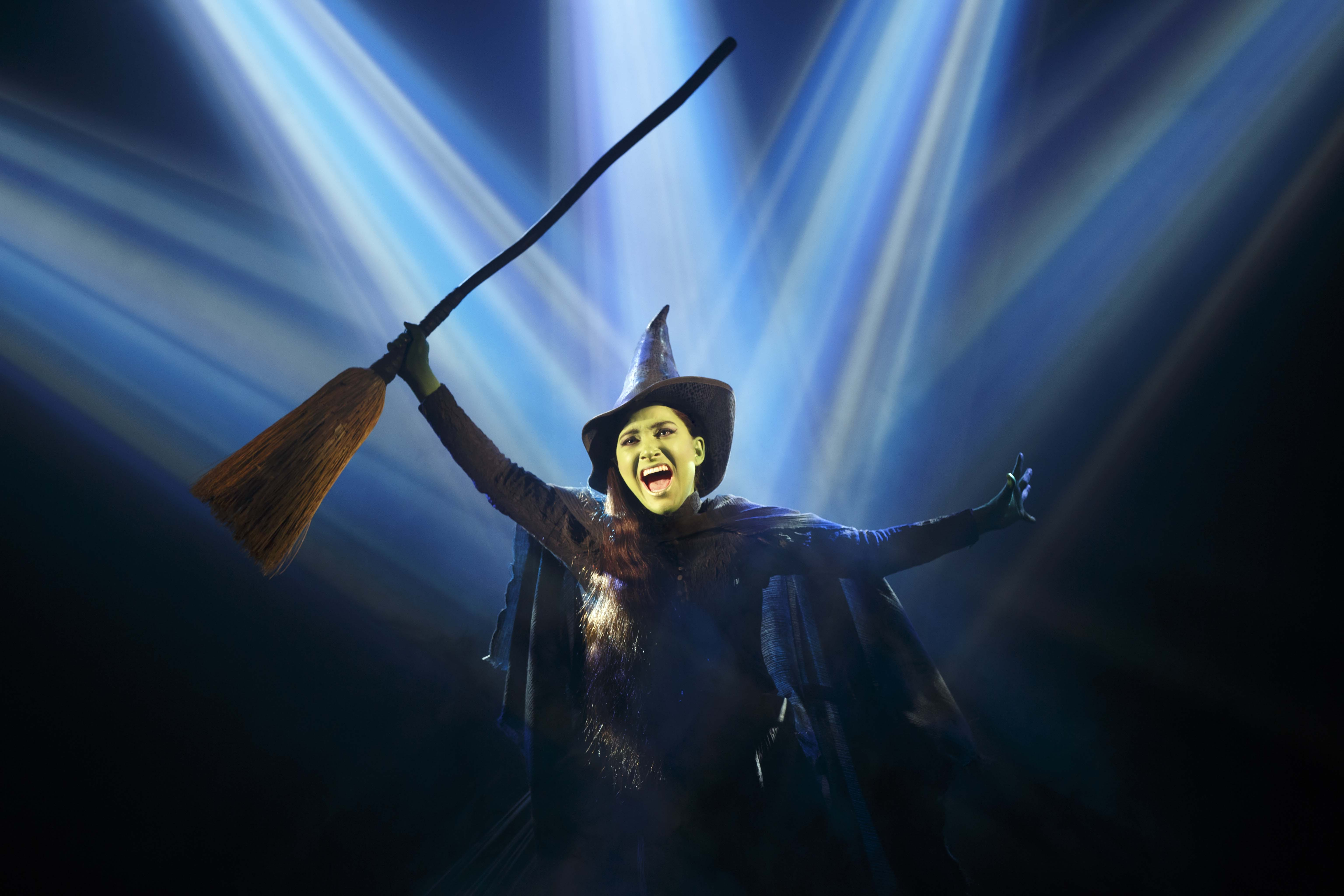 'Wicked' Entertains With Heart