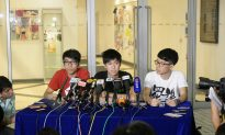 Preparatory Talks Underway in Hong Kong but Umbrella Movement Is Far From Over
