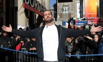 CM Punk, AJ Lee Update: Punk Retweets Halloween Costumes; WWE Mechandise Sells Out