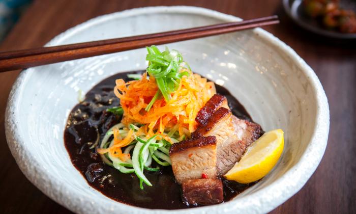 The Black Ramen, a take on the sweet-savory Korean jajangmyeon noodle dish. (Samira Bouaou/Epoch Times)