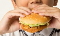 The Western Diet Is So Unhealthy, It's Affecting Our Eyes