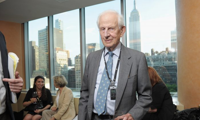 Former Manhattan DA  Robert Morgenthau attends HBO documentary screening at HBO Theater on June 15, 2011 in New York City. (Photo by Michael Loccisano/Getty Images for HBO)