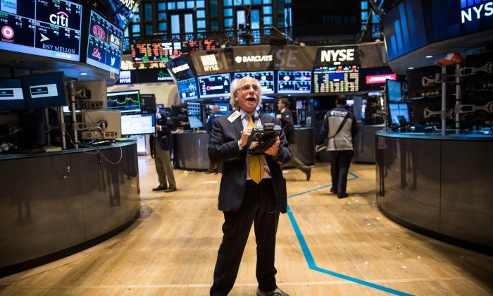 A trader works on the floor of the New York Stock Exchange during the afternoon of September 5, 2014 in New York City. (Andrew Burton/Getty Images)
