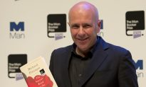 Australian Richard Flanagan Wins Booker Fiction Prize