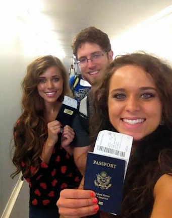Jinger Duggar, right, with sister Jessa Duggar and Jessa's fiance Ben Seewald earlier this year. (Duggar Family)