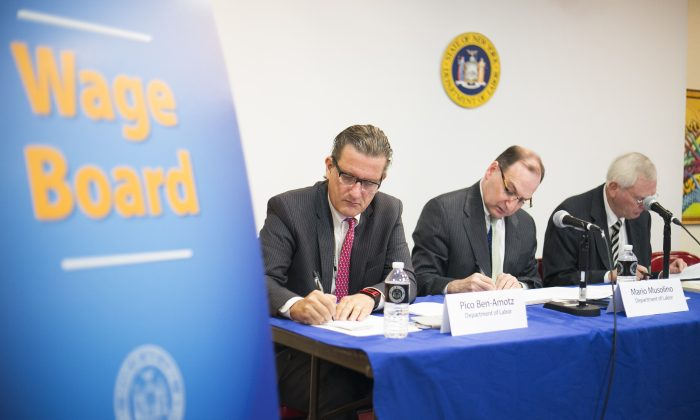 (L-R) Wage board members Pico Ben-Amotz, Mario Musolino, Wage board Chair Timothy Grippen at a hearing concerning the minimum wage of tipped service workers on Oct. 20, 2014. (Samira Bouaou/Epoch Times)