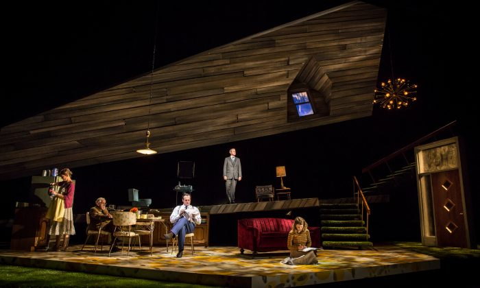 """(L–R) A seemingly happy family with Violet (Katherine Keberlein) expecting twins, the Colonel (Mike Nussbaum), Daniel (Eric Slater), Footnote (Guy Massey) who helps us understand the characters, and Beauty (Catherine Combs) in Noah Haidle's """"Smokefall."""" (Liz Lauren)"""