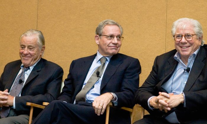 (L-R) Journalists Ben Bradlee, Bob Woodward, and Carl Bernstein on stage at the 2007 Society of Professional Journalists conference in Washington, D.C., reminiscing about their time covering Watergate. (Genevieve Belmaker/Epoch Times)