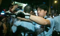Hong Kong Occupy Central Nov. 5-6 Live Blog, Photos, Videos: Police Clear Protesters in Mong Kok, Violence Used
