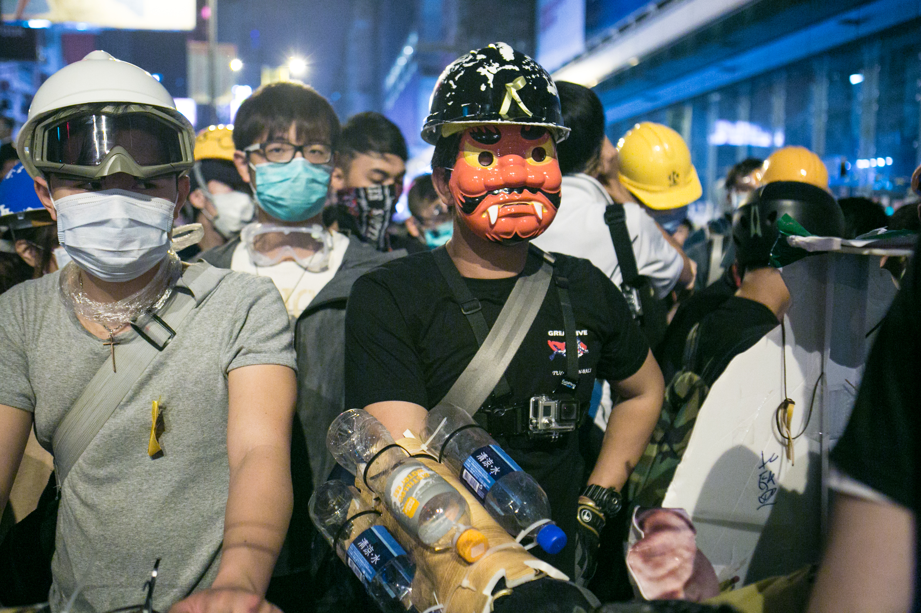 Hong Kong Uncensored: Police and Protesters Clash in Mong Kok