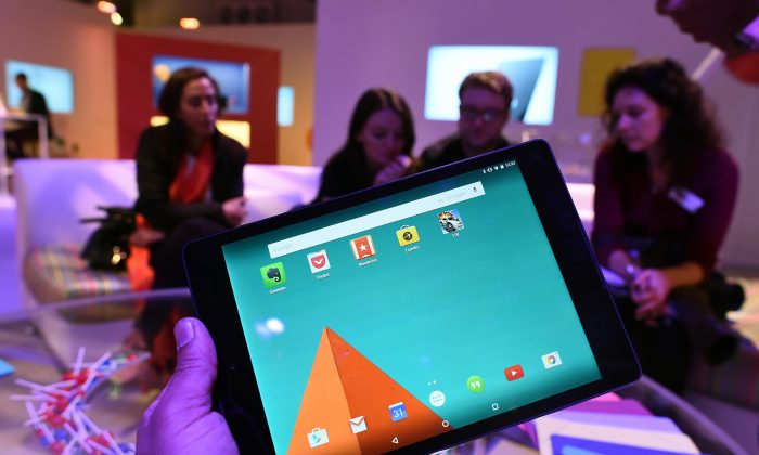 Android 5.1 Lollipop was released this week for most Google Nexus devices, including the Nexus 6, Nexus 5, Nexus 7, and Nexus 10.  (Jewel Samad/AFP/Getty Images)