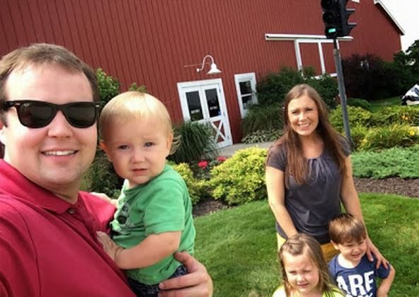 Josh Duggar and his family. (DCL)