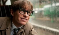 Eddie Redmayne on the Difficulty of Portraying World Renowned Physicist Stephen Hawking