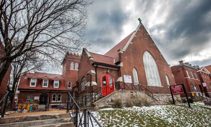 St. John's Episcopal Church in St Louis, Mo., on Wednesday. The church has been designated as a safe space for protesters. (Petr Svab/Epoch Times)