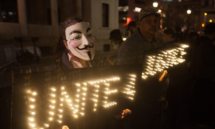 New Yorkers Protest Ahead of Ferguson Indictment Decision | Ferguson ...