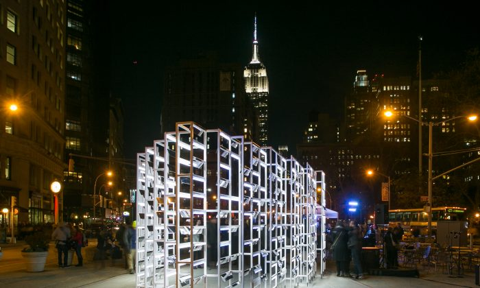 The New York Light installation at  the North Public Plaza at Broadway, Fifth Avenue and 23rd Street. (Cameron Blaylock/Courtesy of Van Alen Institute)