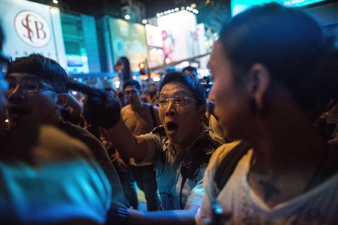 China Uncensored: Amazing Black Friday Sales in Mong Kok, Hong Kong