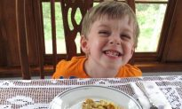 Top 10 tips to help kids avoid Holiday overeating
