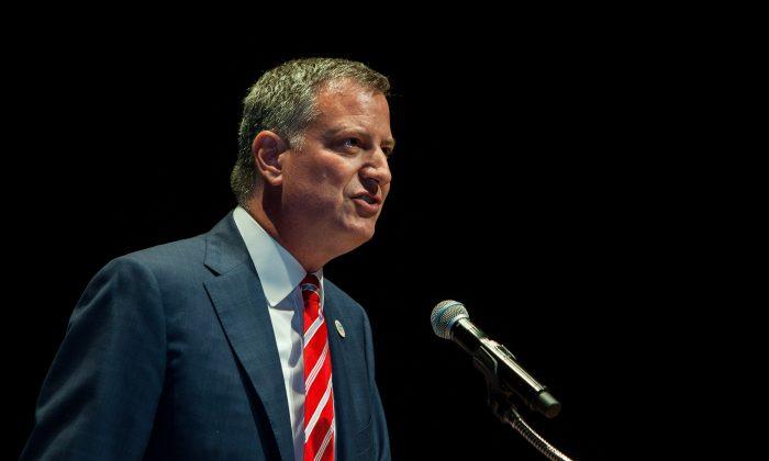 Mayor Bill de Blasio in New York City on Aug. 19, 2014. (Petr Svab/Epoch Times)