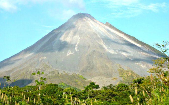 Arenal Volcano (Freya Renders, Holiday Homad)