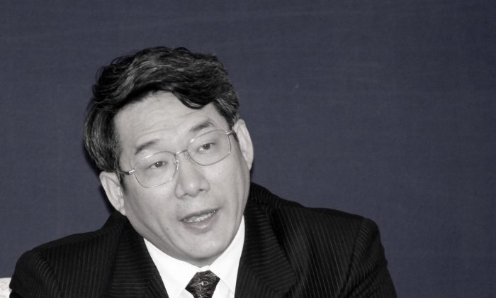 In this April 29, 2009 file photo, Liu Tienan, then the vice chairman of the National Development and Reform Commission, speaks during a press conference in Shanghai. ( AP Photo/Eugene Hoshiko, File)