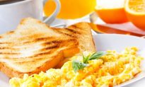 Protein at Breakfast Controls Blood Sugar at Lunch