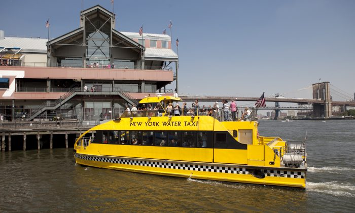 A New York Water Taxi at Pier 17 in Lower Manhattan, New York, on Aug. 21, 2013. (Samira Bouaou/Epoch Times)