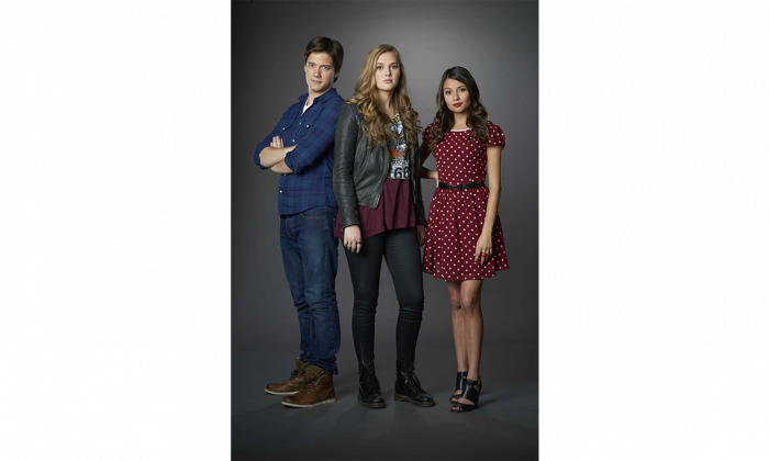 """Justin Kelly, Karis Cameron, and Cristine Prosperi star in the new TV drama """"Open Heart,"""" which debuts Jan. 20 on YTV and TeenNick. (Courtesy of Corus Entertainment)"""