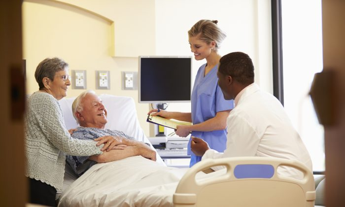 Dramatic changes are needed to improve care for all Canadians at the end of their lives, says a first-of-its-kind report released by Health Quality Ontario. (monkeybusinessimages/iStock/Thinkstock)