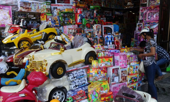 A stall selling Chinese-made toys at the Dong Kinh market in Lang Son of Vietnam, on the China border, on Sept. 23, 2014. French customs seized a large amount of counterfeit and low quality toys from China in November 2014. (Hoang Dinh Nam/AFP/Getty Images)