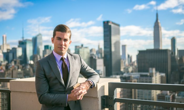 Million Dollar Listing New York star and Douglas Elliman real estate agent Luis D. Ortiz on the rooftop of his home in West Chelsea, Manhattan, on Dec. 18, 2014. Ortiz chooses to live in Abington House, a high-end rental building, despite owning other properties in Manhattan. (Benjamin Chasteen/Epoch Times)