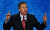 Republican Presidential Candidates Juggle Day Jobs, Campaign