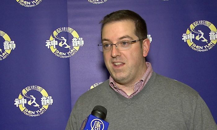 Cam Guthrie, the mayor of Guelph, shares his enthusiasm for Chinese classical dance after discovering the performing artat Centre in the Square theatre in Kitchener Monday night when Shen Yun Performing Arts took to the stage. (NTD Television)
