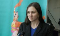 Student of Chinese Dance of Shen Yun: 'I don't want the show to end'