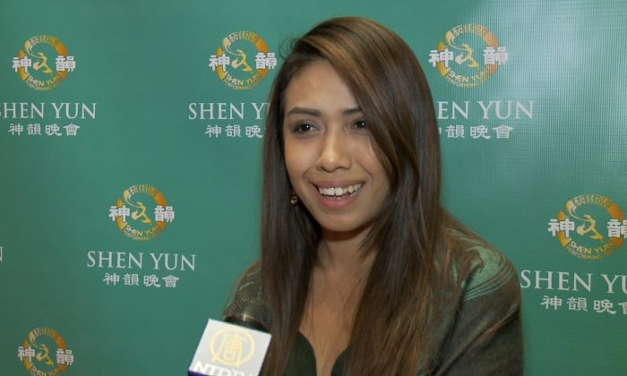 Dance teacher Jessica Rangel was impressed at the coordination and synchronicity of the Shen Yun dancers when she saw a performance at Jones Hall for the Performing Arts, Jan. 1, 2015. (Courtesy of NTD Television)