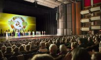 Entertainer Delighted by Shen Yun: 'I'm very, very happy'