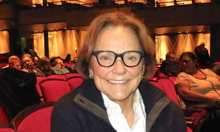 Writer Judy Singleton is glowing after her enjoyable experience watching Shen Yun Performing Arts. She attended on Jan. 16 at Indianapolis's Clowes Memorial Hall of Butler University, on Jan 16, 2015. (Sally Sun/Epoch Times)